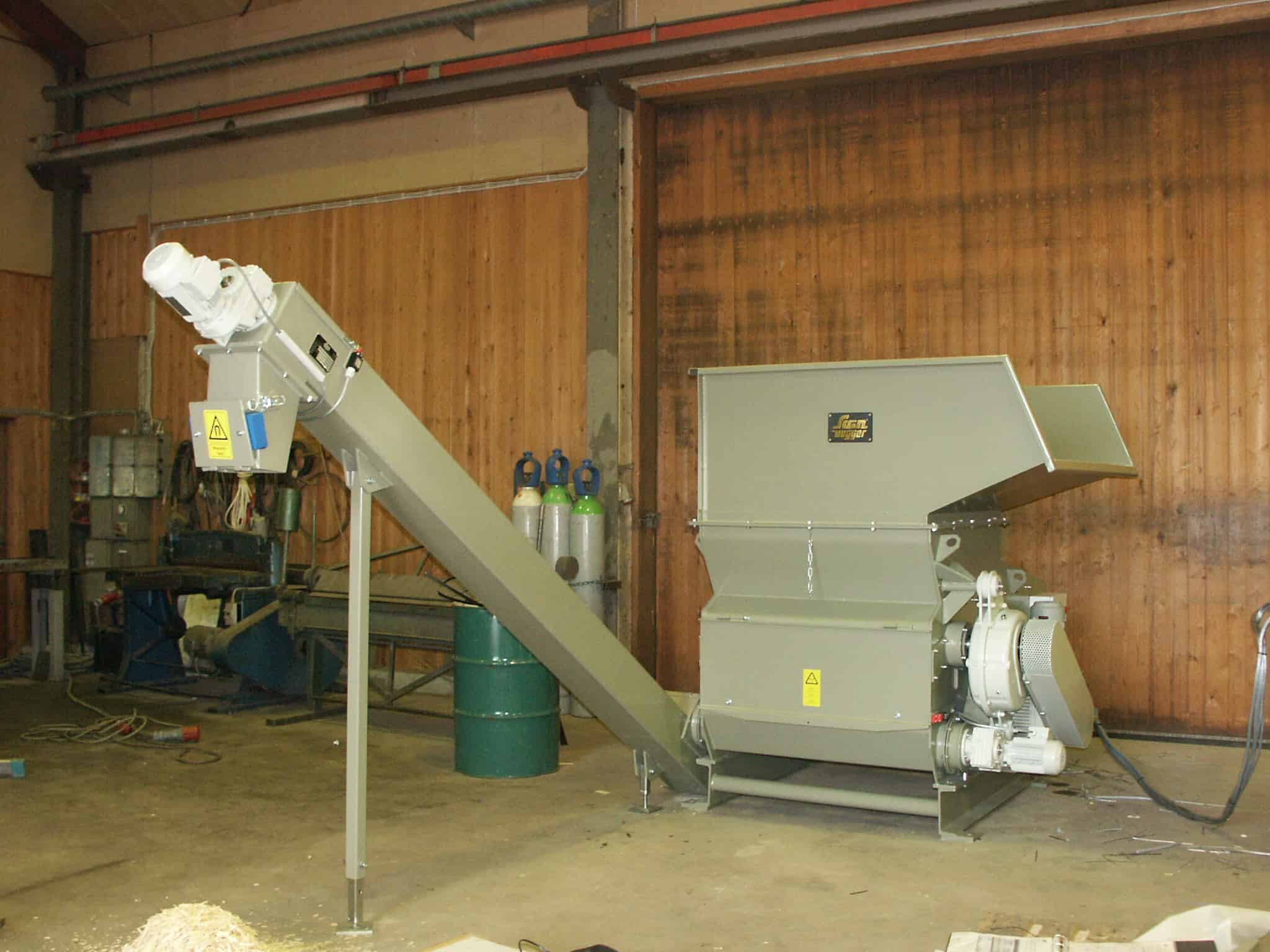 HL 3/10/10 with auger conveyor