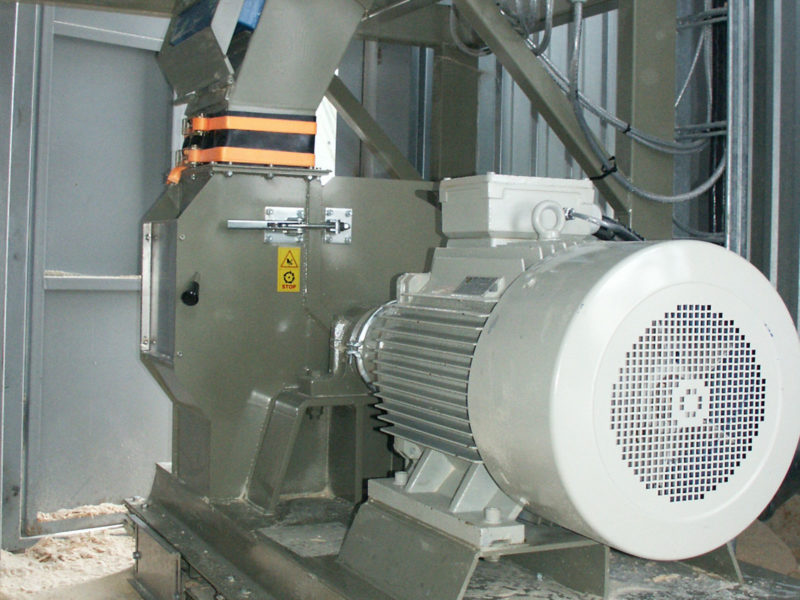 Klee Engine Attached To Scanhugger Hammer Mill At Wood Working Plant