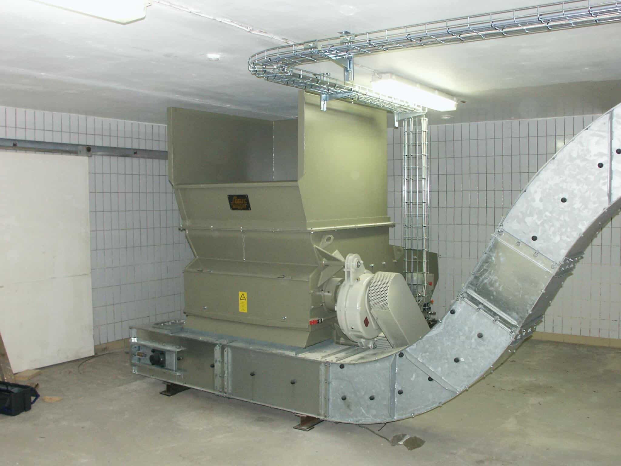 Scanhugger at production facility with conveyor